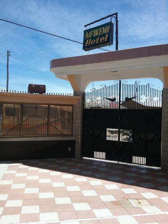 Mfikemo Hotel, Mwanjelwa