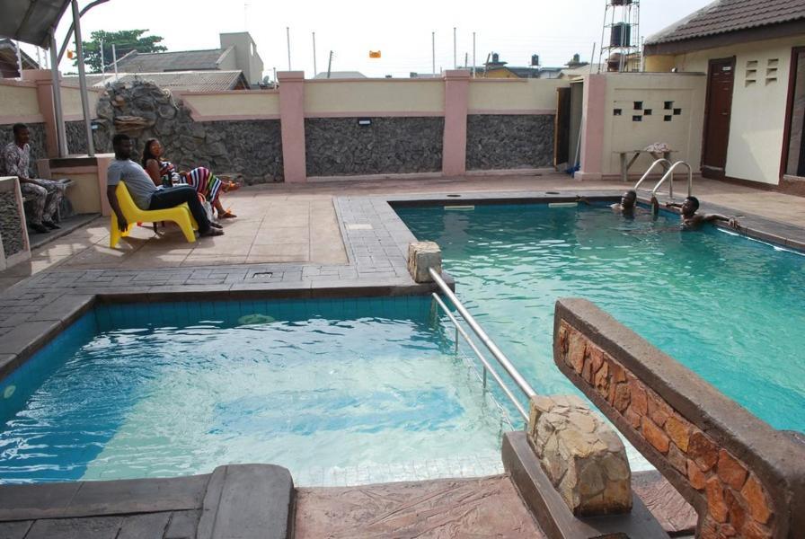 Danest Hotel & Suites