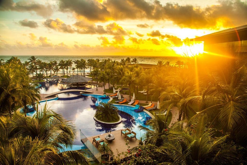 Una vista de la pileta en Carmel Cumbuco Resort o alrededores