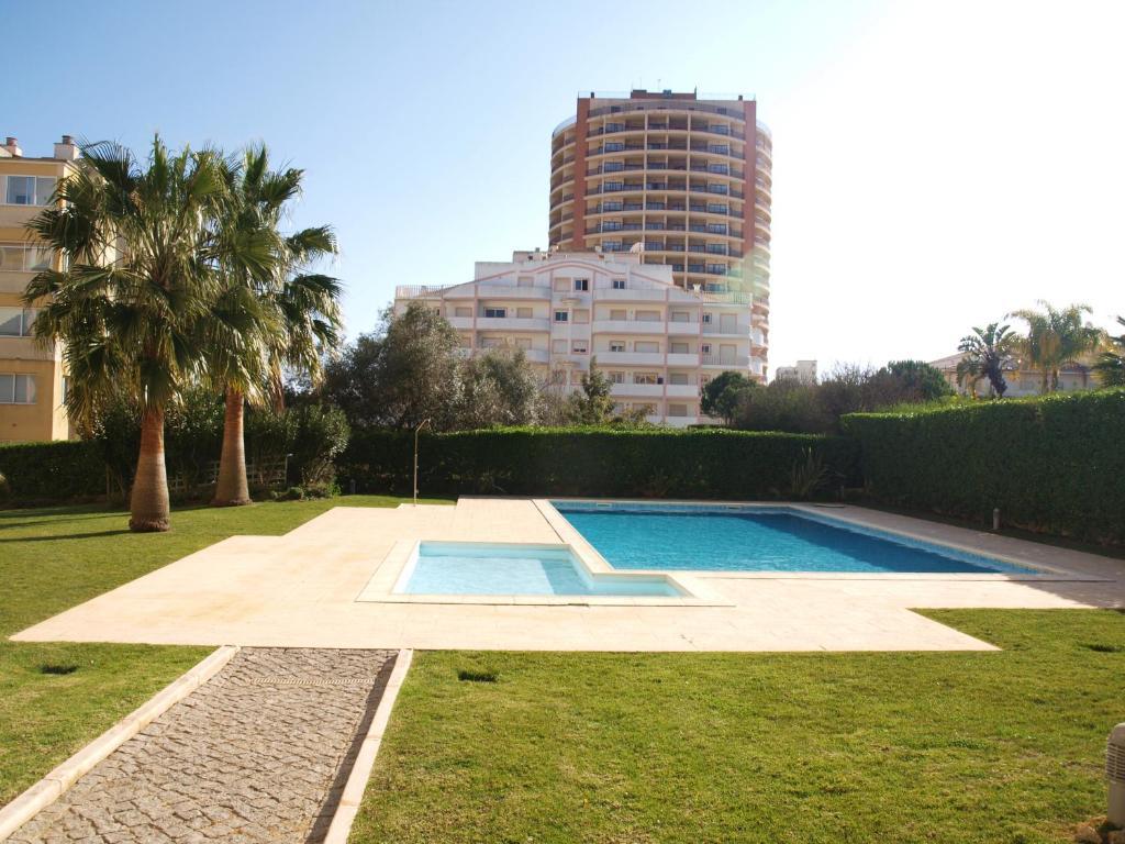 Apartamento marisol portugal portim o - Apartamentos en el algarve ...