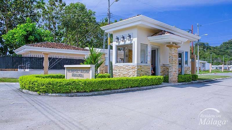 Casa de vacaciones condominio malaga 248 costa rica jac - Casas de embargo malaga ...