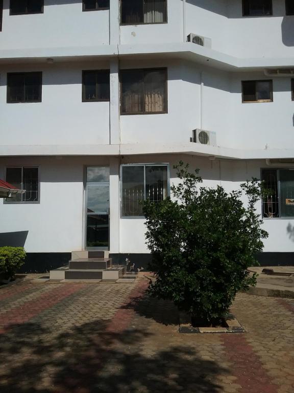 Lasso View Hotel