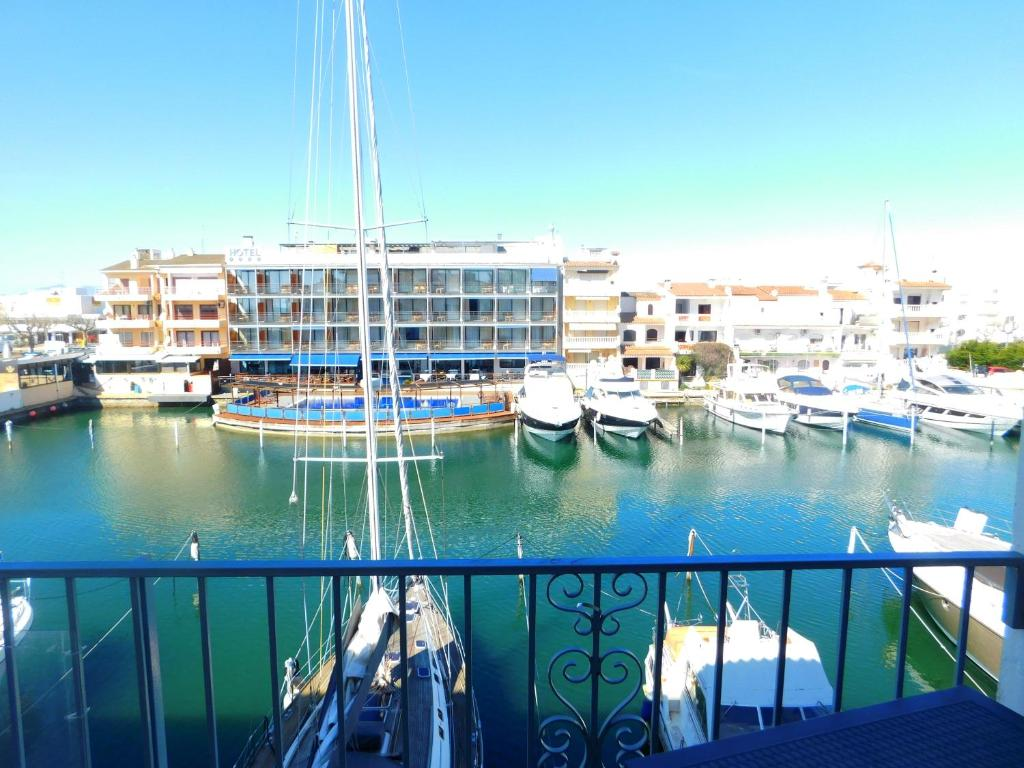 Apartamento port salins espa a ampuriabrava - Hotel port salins 4 empuriabrava ...