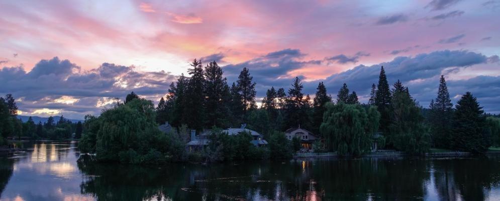 <div data-et-view=NAFQCDCcdXDPdFO:1</div Shanti River House - Near La Pine State Park