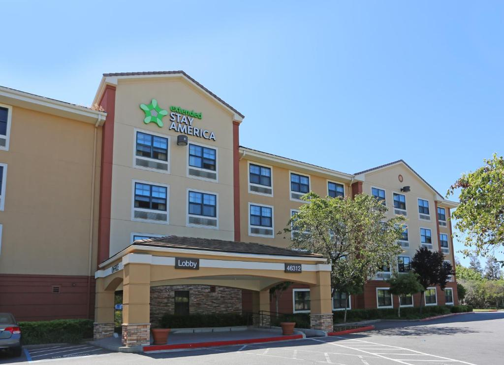 Warm springs casino resort