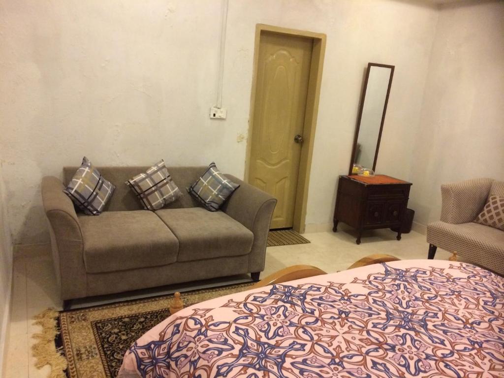 <div data-et-view=NAFQCDCcdXDPdFO:1</div Sachal Mirs Village Resort