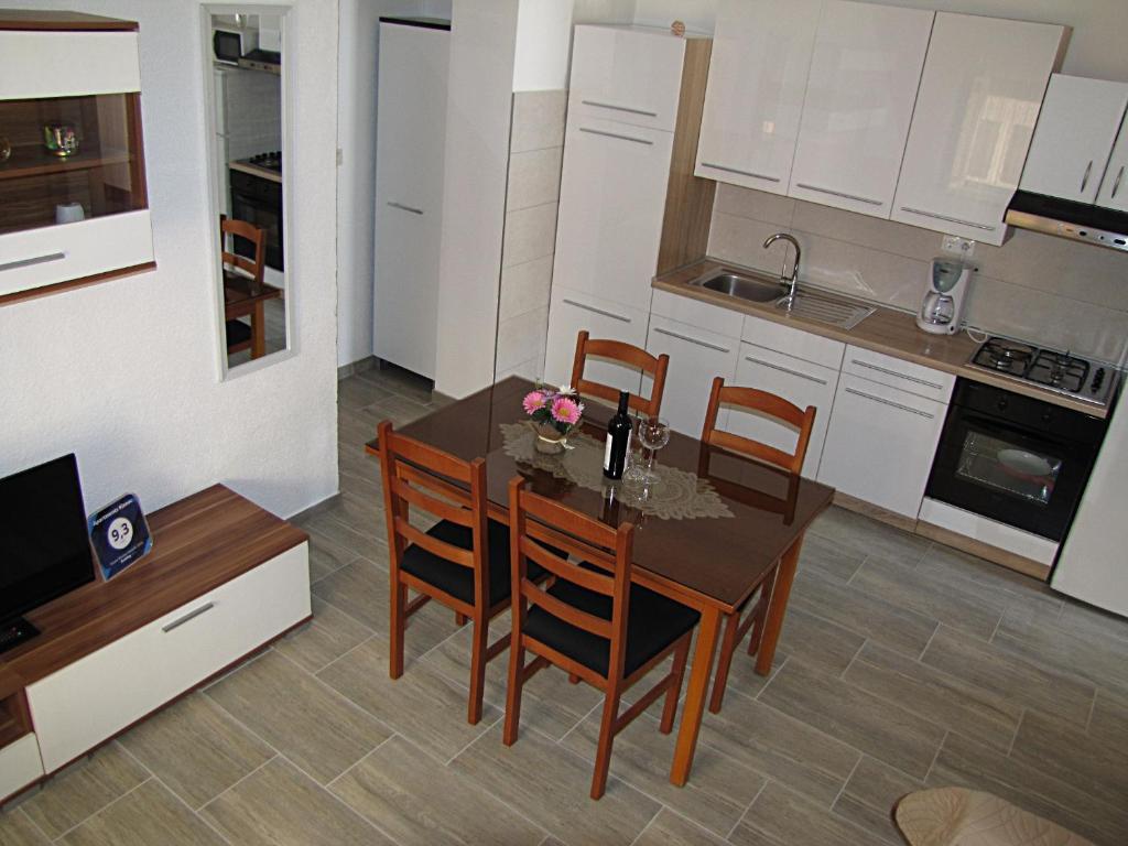 Apartments Klanac