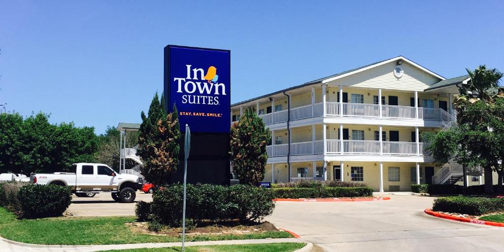 InTown Suites Sugarland Stafford