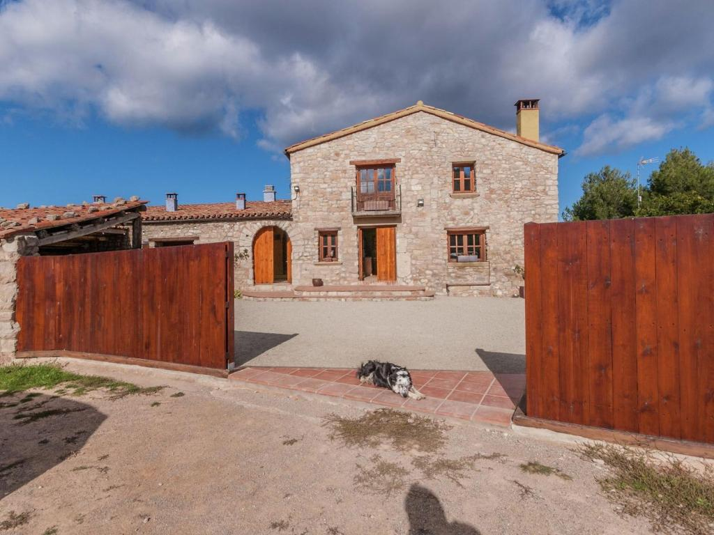 Holiday home Masia Cal Sant Miquel (España Castellolí ...