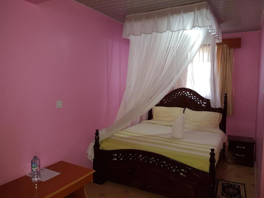 Leopard View Hotel