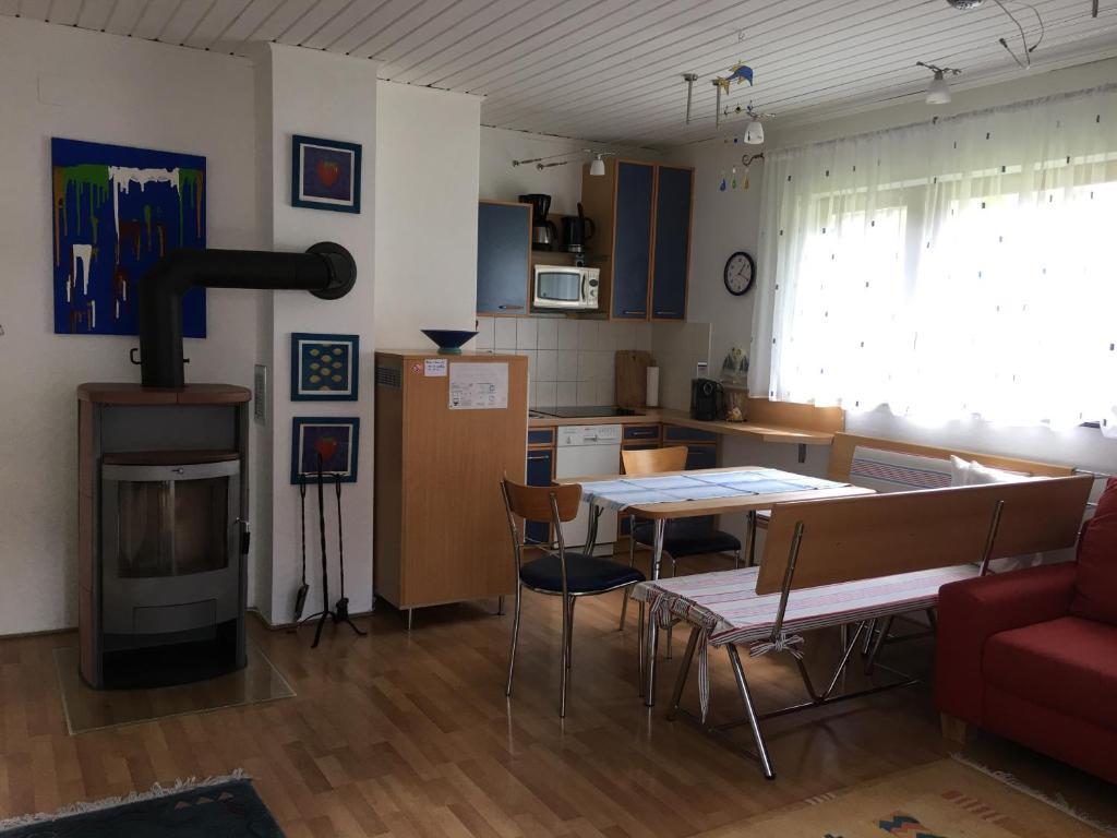 ferienbungalow weber austria velden am w rthersee. Black Bedroom Furniture Sets. Home Design Ideas