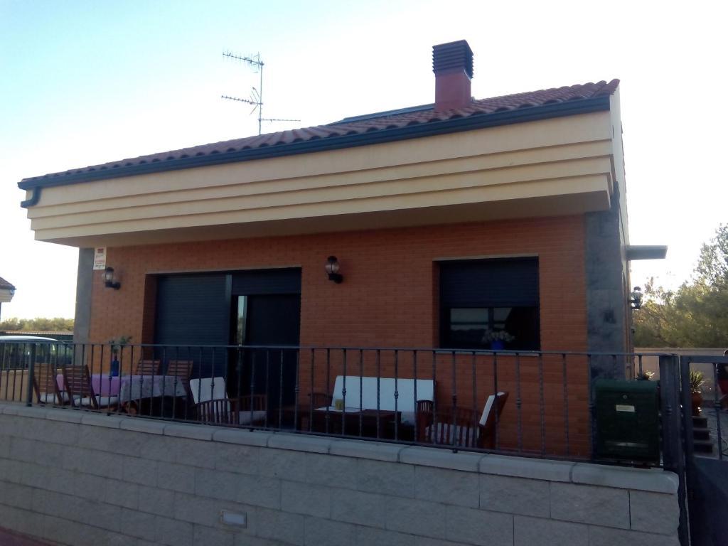 Chalet Miralles (Espanha San Rafael del Río) - Booking.com