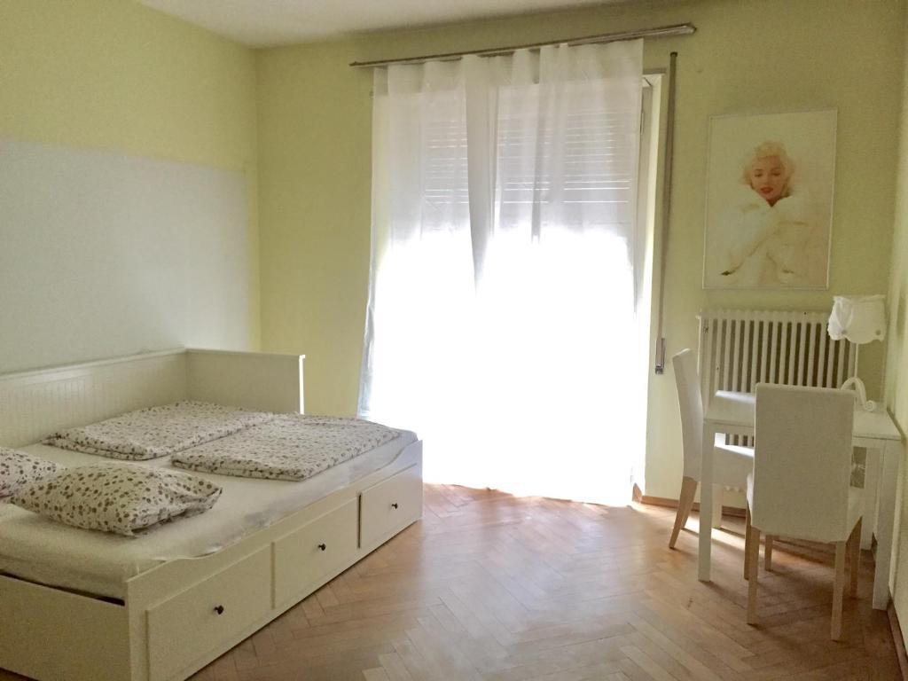 Lugano Centre Room