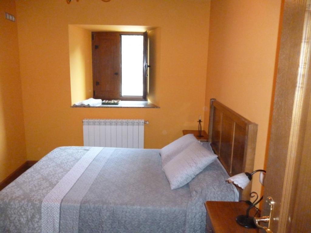 Apartamentos Rurales Veredas (España Santa Eulalia de Oscos ...