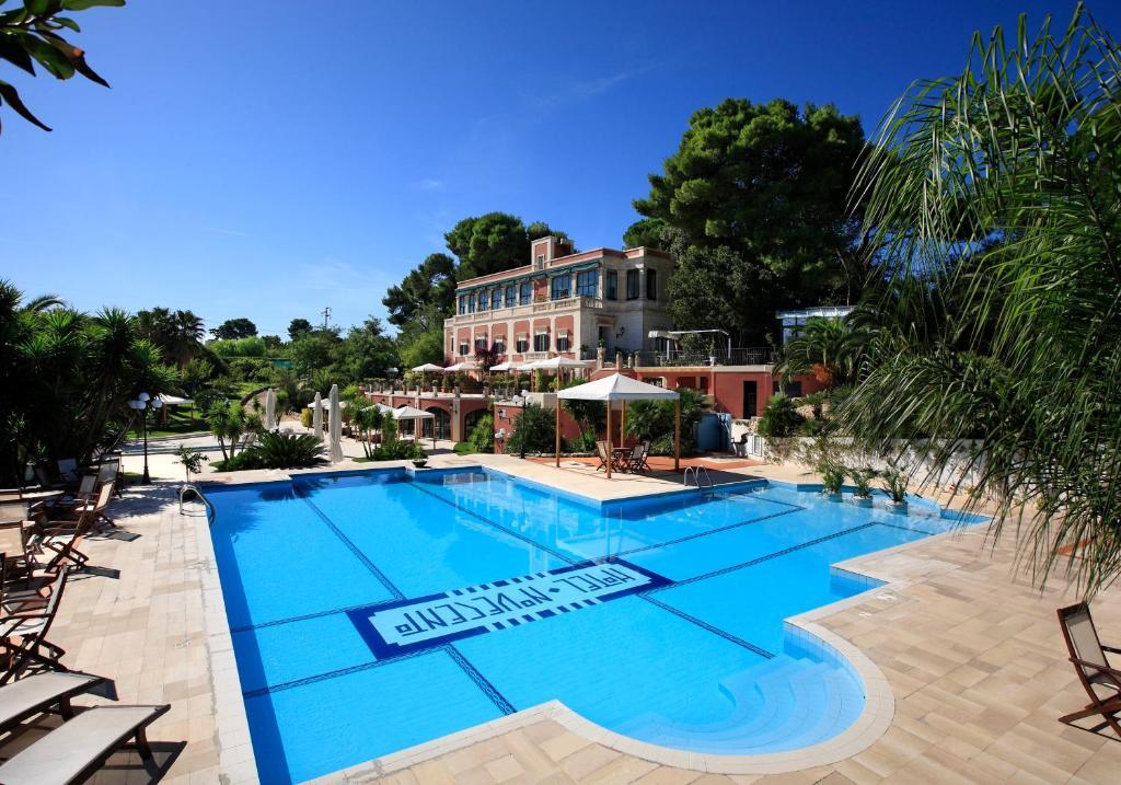 Hồ bơi trong/gần Hotel Park Novecento Resort