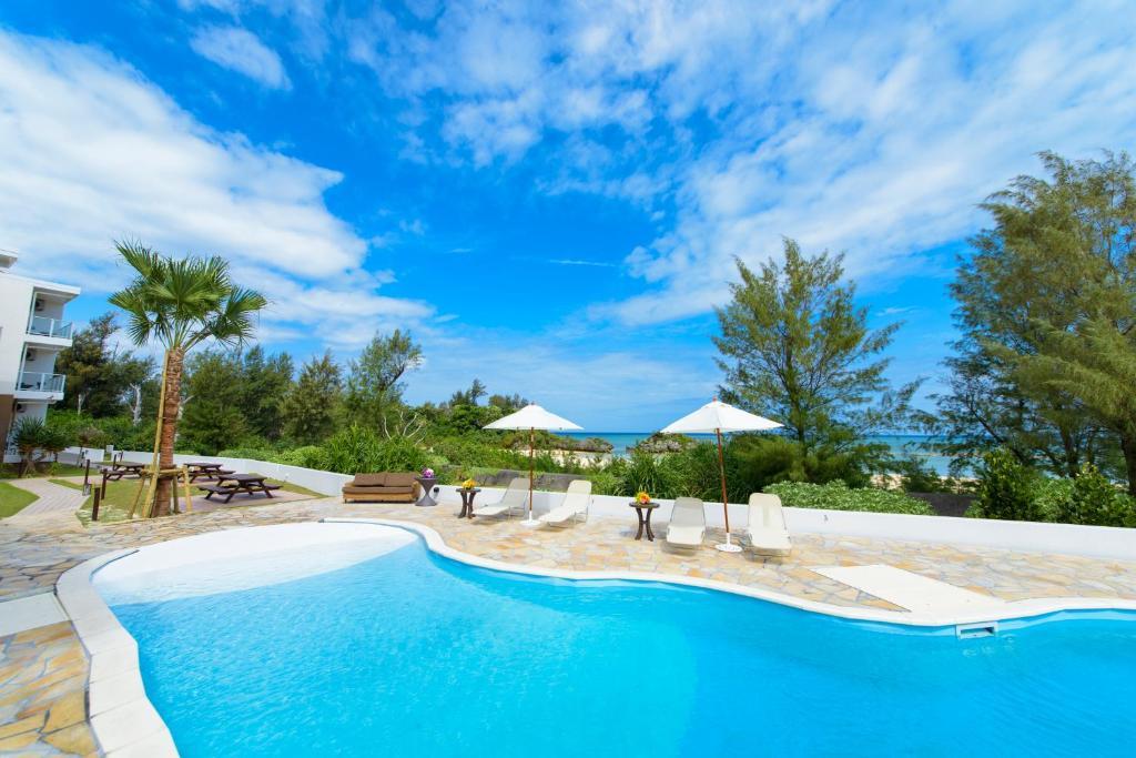 La pileta dentro o cerca de Best Western Okinawa Onna Beach