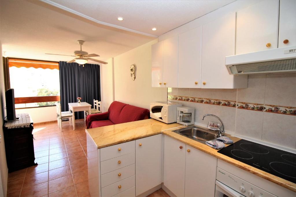 Apartamento girasol 54 espanha benidorm for Sala girasol