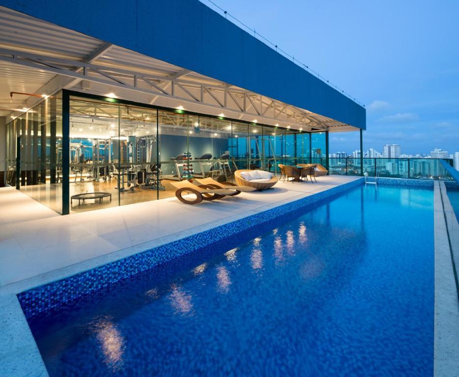 A piscina localizada em Sotero Hotel ou nos arredores