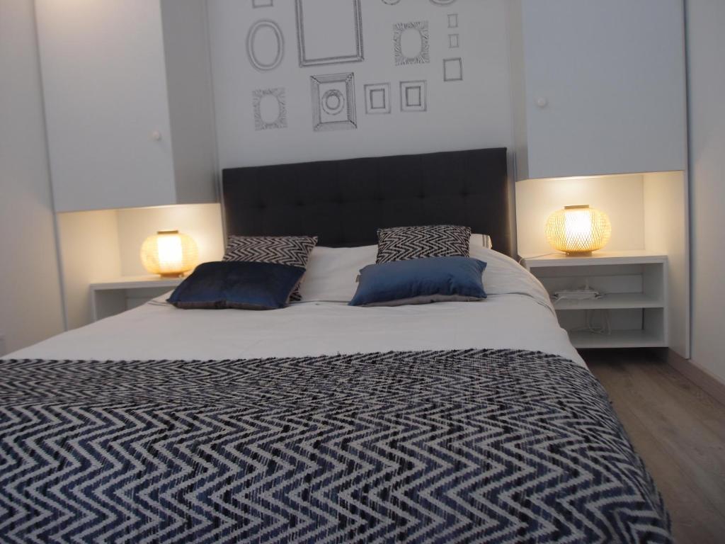 departamento baou des blancs meubl touristique francia vence. Black Bedroom Furniture Sets. Home Design Ideas