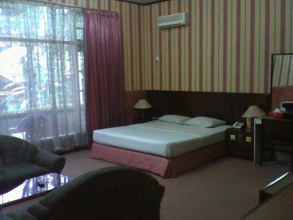 November 2013 Jawa Barat Hotel Voucher Puncak Yasmin Resort And Conference