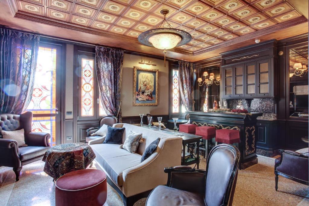 مطعم أو مكان آخر لتناول الطعام في فندق موريسكو