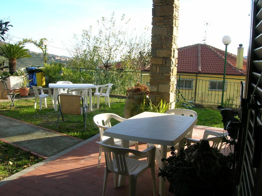 Casa De Vacaciones L Ulivo Di Sempre Italia Chiusanico Booking Com # Muebles Cieli Aperti
