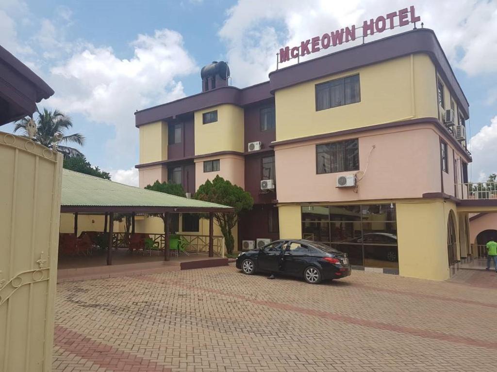 McKeown Hotel & Restaurant