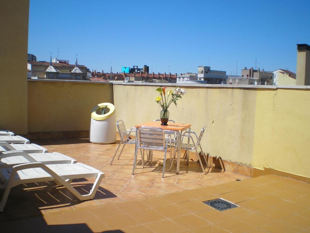 Apartamento apart augusta centro zaragoza - Apartamentos en lisboa centro booking ...