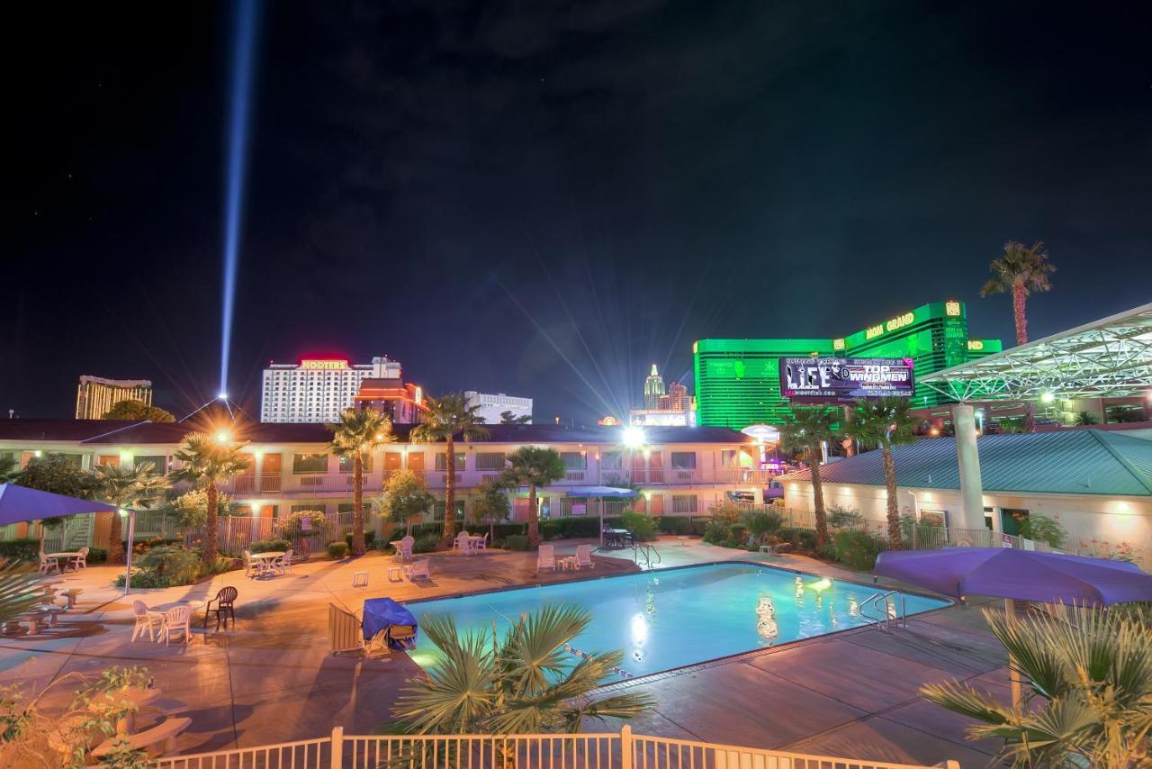 5 Best Hotels Near Strip North Excalibur Hotel