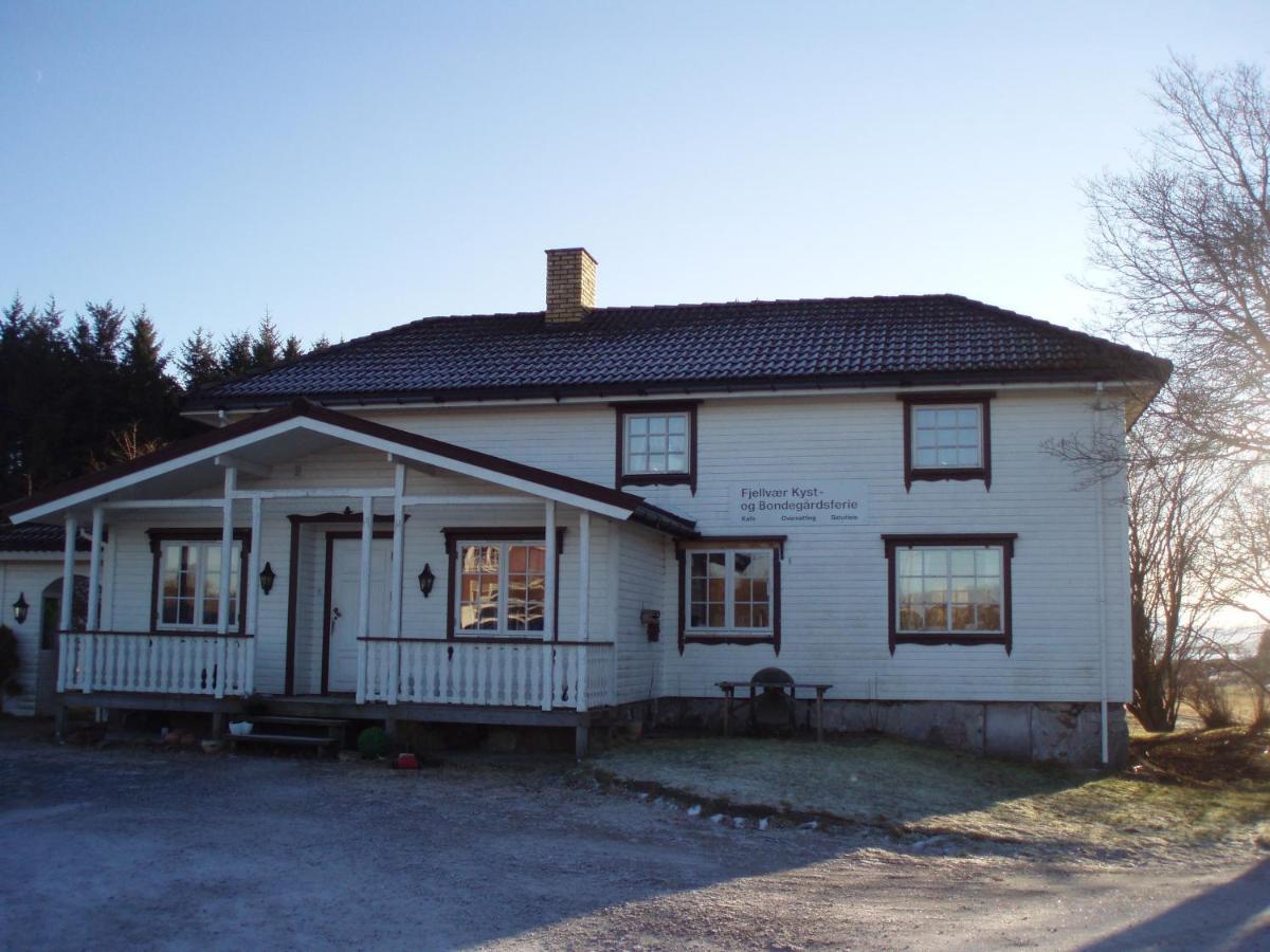 Posada u hostería Fjellvær Gjestegård (Noruega Knarrlagsund ...