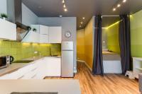 Apartment on Dvintsev 14/13