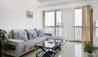 Elyse Apartment