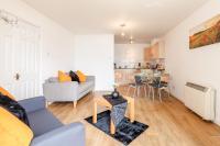 Cosy Riverside Apartment in Royal Docks
