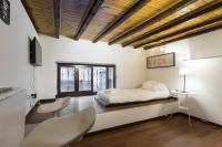 Milan Cadorna Studio Yoof