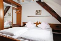 ROESLI Guest House