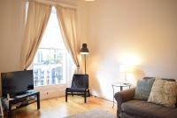 Charming 1BD Flat in Notting Hill With Balcony