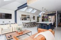 Stunning 3-Bed Family Home in Shepherds Bush