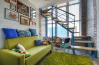 Beauty two-storey Apartment near Avtozavodskaya