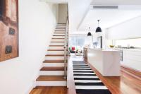 An elegant townhouse in leafy Neutral Bay
