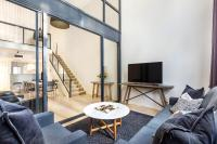 Surry Hills Modern One Bedroom Apartment (310GOUL)