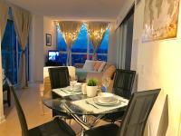 Apartments Kingdom - Amazing View to Downtown & Lake Ontario