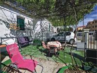 Holiday home Kastel Sucurac 10