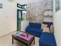 Holiday home Kastel Gomilica 11
