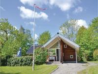 Three-Bedroom Holiday home with a Fireplace in Gilleleje
