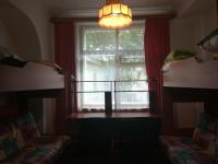 Комната в апартаментах на Земляном Валу