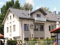 Three-Bedroom Apartment in Krakow