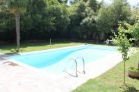 Warm & inviting Studio with Common Pool
