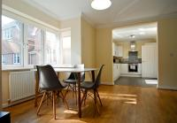 Room and Roof Southampton Serviced Apartments