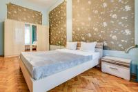 Apartments on Nevskiy 107
