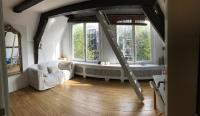 Canal View Loft In Centre